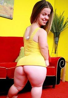 Anna Paige