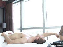 Шикарный секс с японкой после эротического массажа лингама