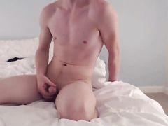 Приватное видео с жарким и страстным сексом молодой парочки