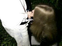 Любвеобильные ребята из Украины занялись оральным секс ночью на улице