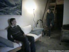 Украденная видеозапись с трахом юной русской парочки