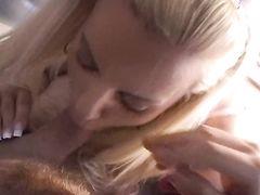 Жесткий групповой секс с красотками во время вечеринки