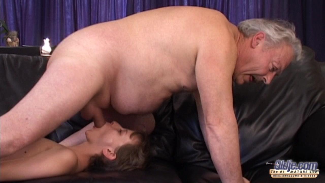 Showing porn images for fat bastard porn