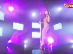Медленный эротический танец на шесте от русской стриптизерши