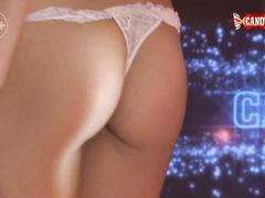 Горячая русская стриптизерша устроила эротическое соло у шеста