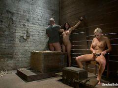 Две послушные девушки и господин устроили жесткую еблю в подвале