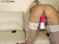 Секс машина трахает блондинку в чулках в приватном видеочате Chaturbate