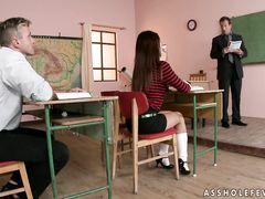 Два преподавателя устроили двойное проникновение сексуальной студентке
