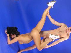 Необычный секс на шпагате с обалденной русской гимнасткой