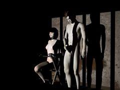 Молчаливый мульт герой трахает в темнице послушную рабыню
