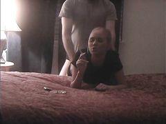 Курящая девушка трахается раком со своим ненасытным хахалем