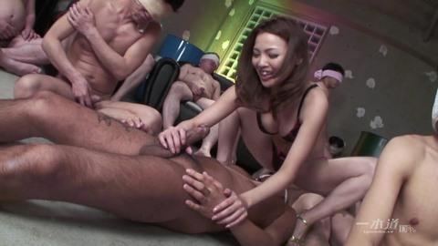 Смотреть Порно Онлайн Много Мужиков И Одна Девушка